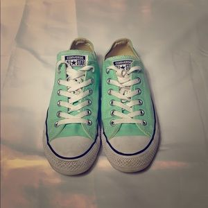 Converse sneakers turquoise men size 5.5 woman 7.5